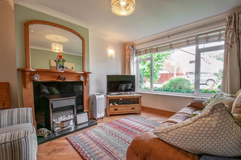 3 bed house for sale in Barford Close 4