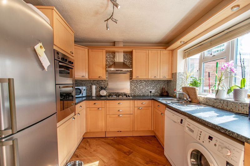 3 bed house for sale in Barford Close  - Property Image 8