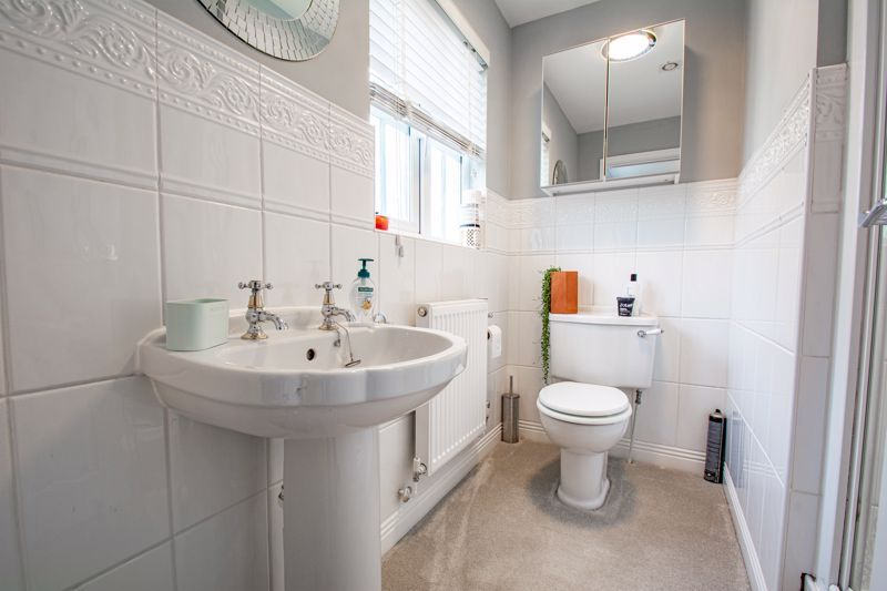 4 bed house for sale in Penshurst Road 10