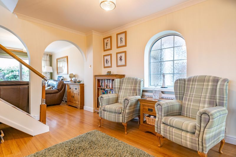 5 bed house for sale in County Park Avenue  - Property Image 2