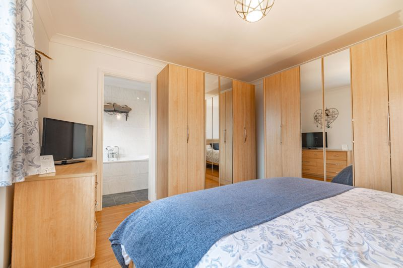 5 bed house for sale in County Park Avenue  - Property Image 10