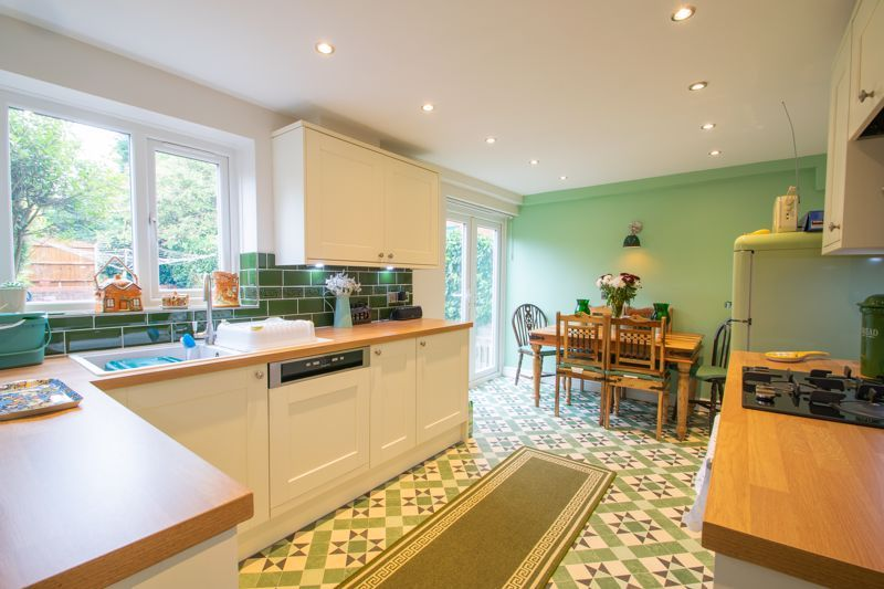 4 bed house for sale in Blakedown Road  - Property Image 1