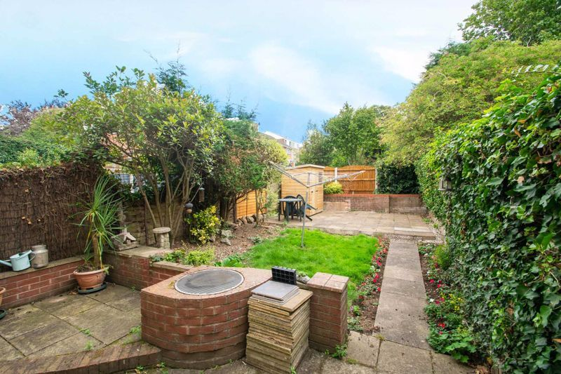 4 bed house for sale in Blakedown Road 12