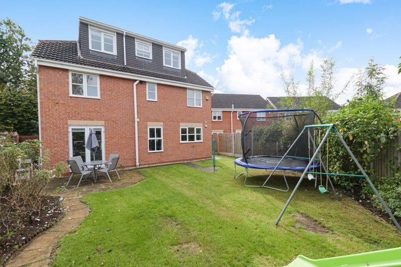 6 bed house for sale in Penshurst Road 13