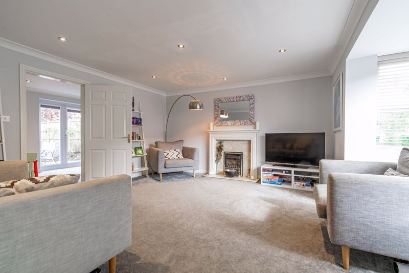 6 bed house for sale in Penshurst Road 16