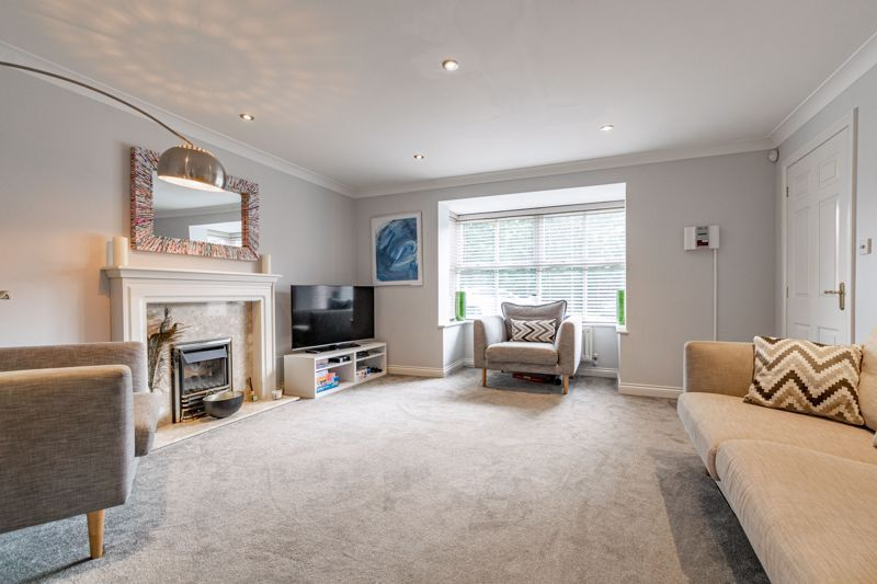 6 bed house for sale in Penshurst Road  - Property Image 3