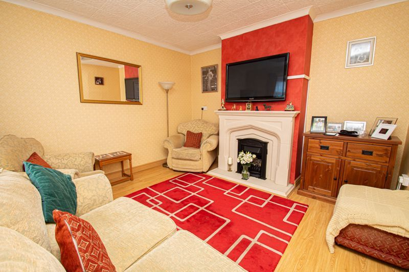 3 bed house for sale in Shenstone Avenue  - Property Image 2