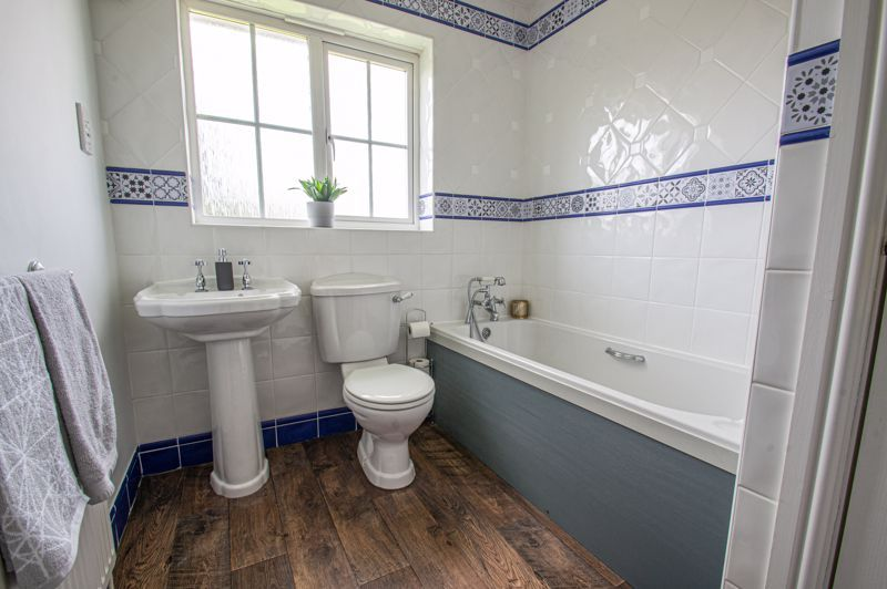 4 bed house for sale in Belfry Drive  - Property Image 12