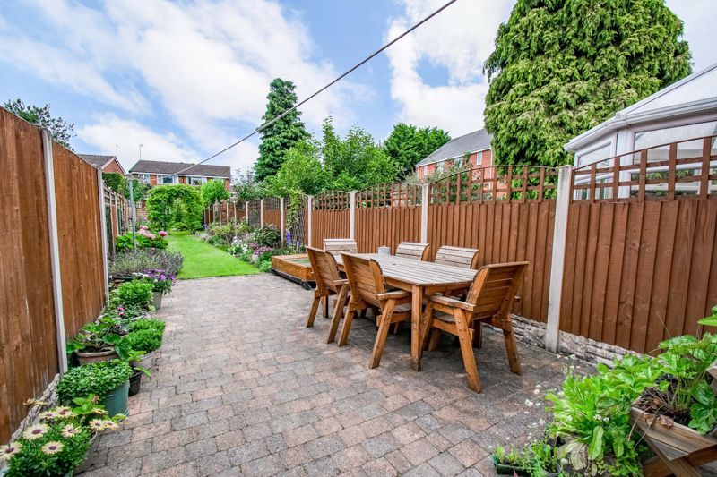 2 bed house for sale in Highfield Road 13