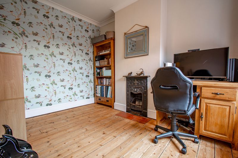 2 bed house for sale in Highfield Road  - Property Image 8