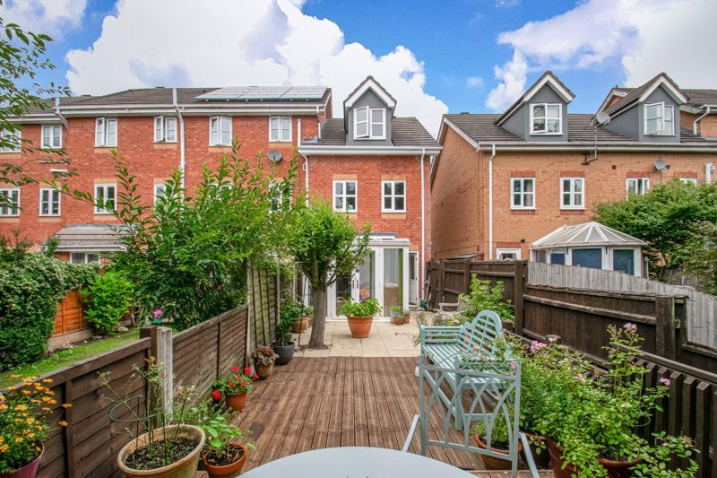 3 bed house for sale in Honeychurch Close  - Property Image 11