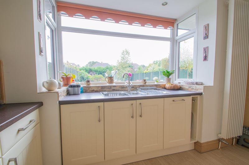 3 bed house for sale in Royal Oak Road 16