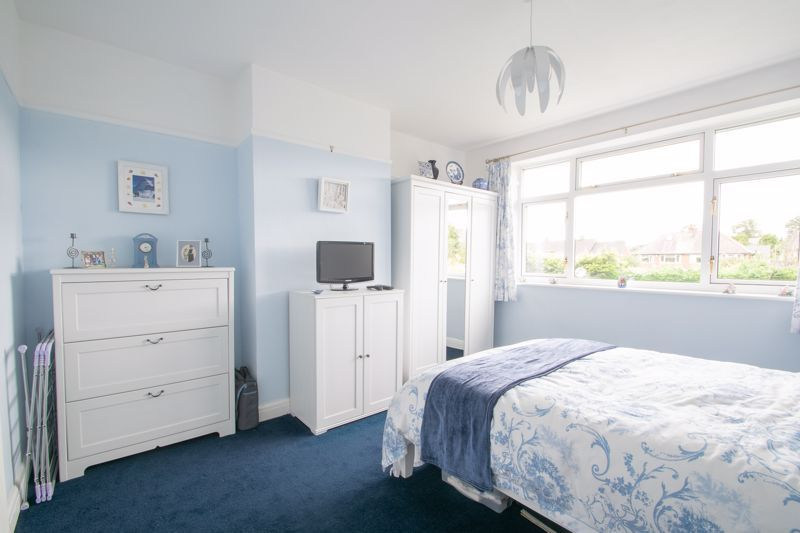 3 bed house for sale in Royal Oak Road 20