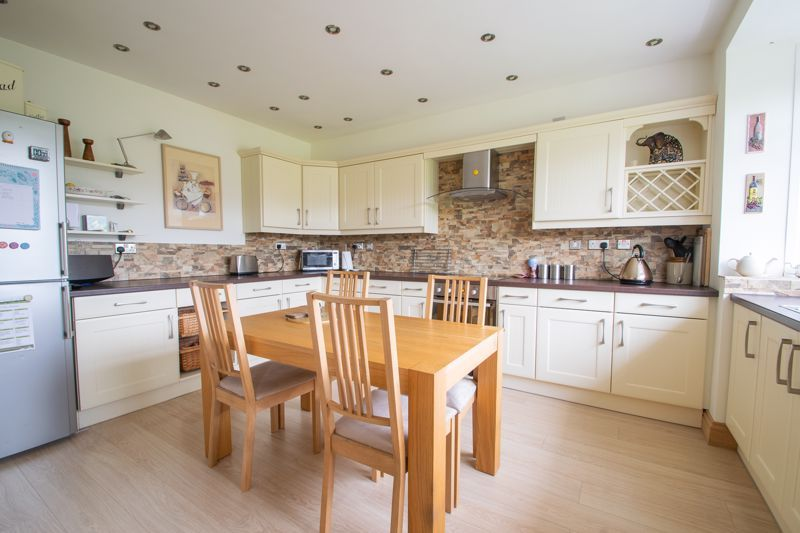 3 bed house for sale in Royal Oak Road  - Property Image 4