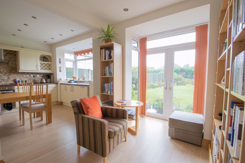 3 bed house for sale in Royal Oak Road  - Property Image 5