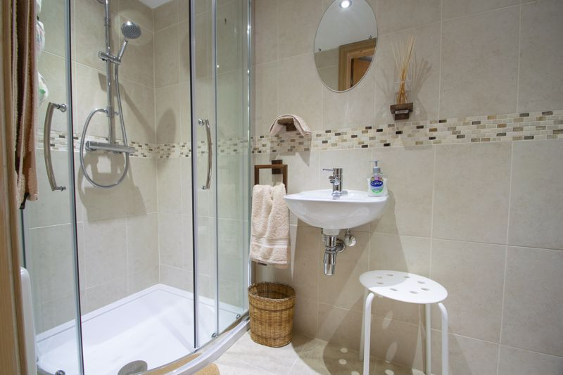 3 bed house for sale in Royal Oak Road  - Property Image 7