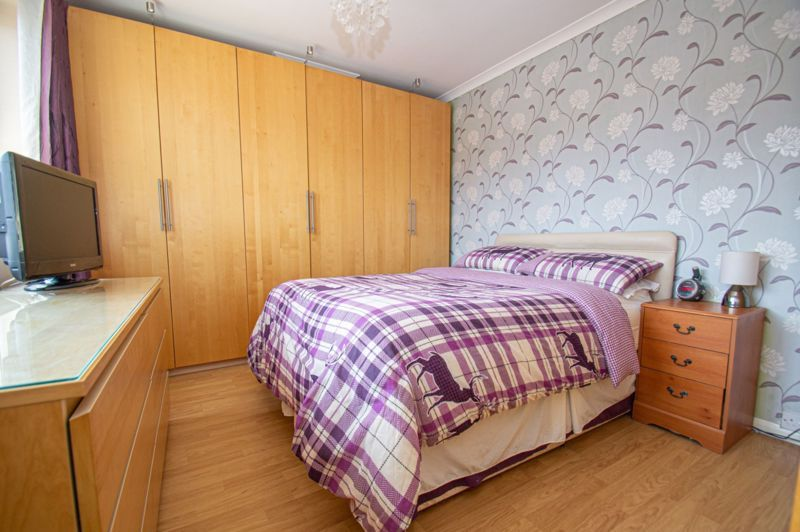 4 bed house for sale in Oak Street  - Property Image 13