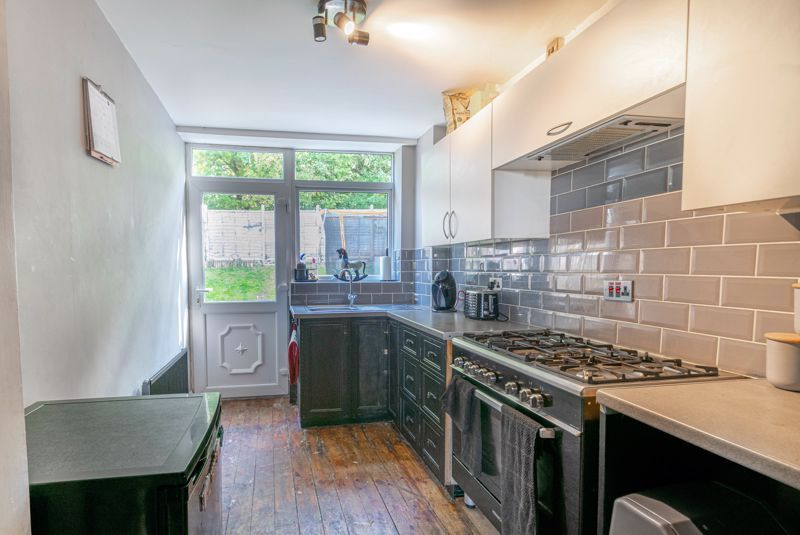 3 bed house for sale in Ferney Hill Avenue 3