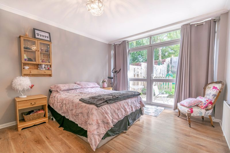 3 bed house for sale in Ferney Hill Avenue  - Property Image 6