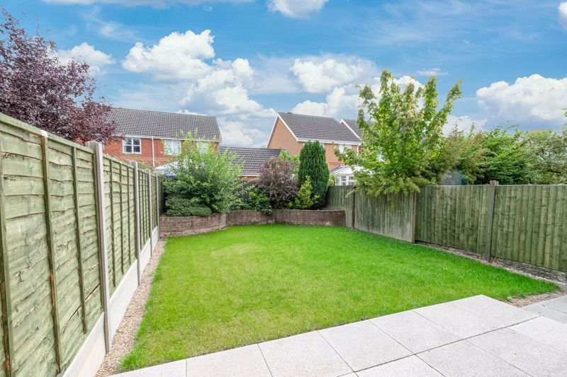2 bed house for sale in Marchwood Close 8