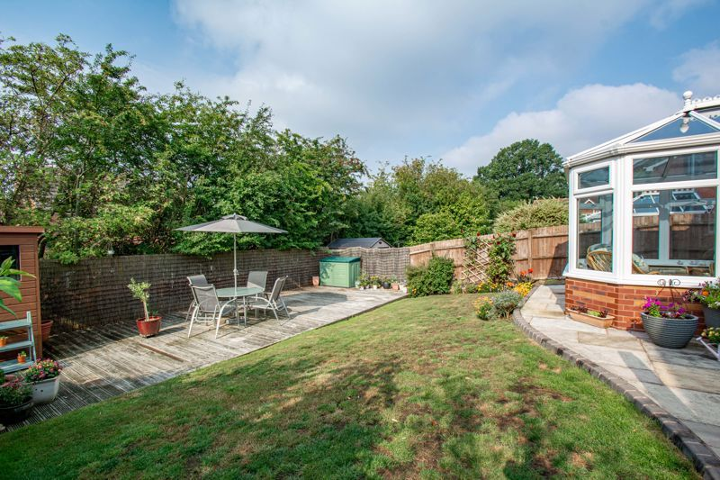 5 bed house for sale in Royal Worcester Crescent 17