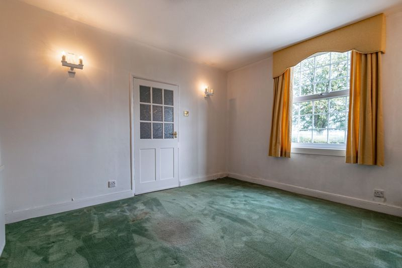 2 bed house for sale in Alcester Road 15