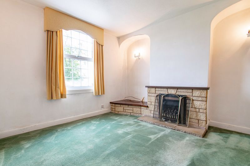 2 bed house for sale in Alcester Road 6