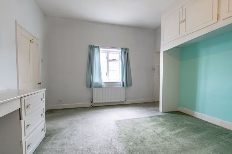 2 bed house for sale in Alcester Road 8