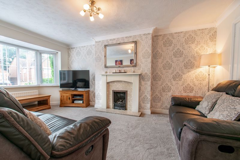 4 bed house for sale in Shireland Lane 2