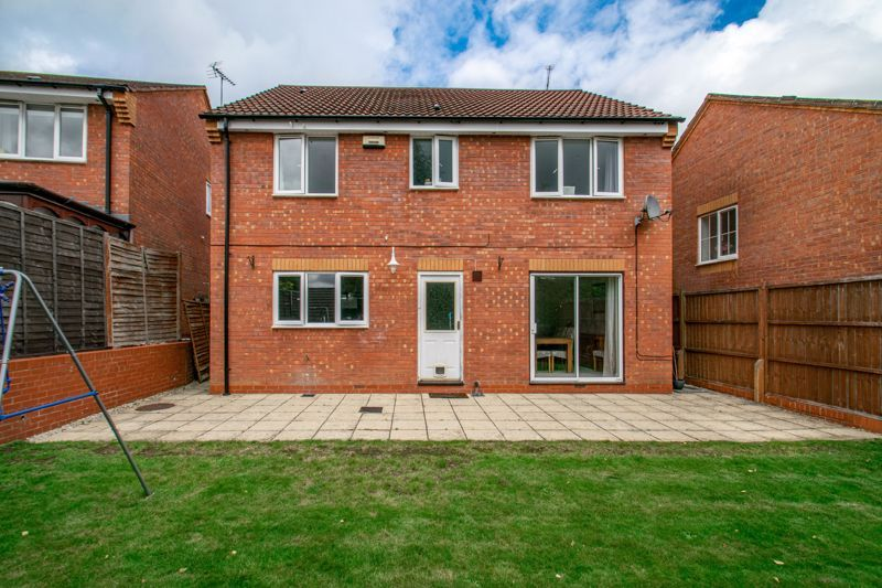 4 bed house for sale in Shireland Lane  - Property Image 13