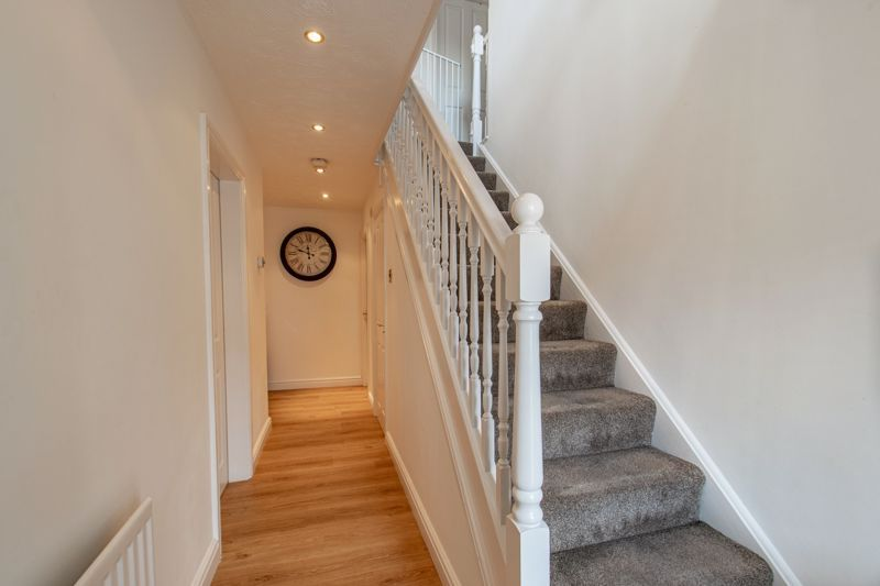 4 bed house for sale in Shireland Lane 14