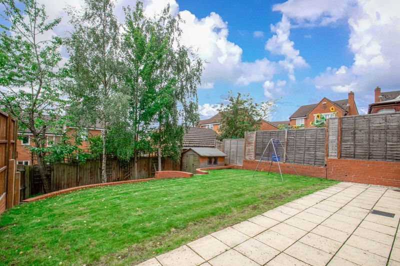 4 bed house for sale in Shireland Lane  - Property Image 3