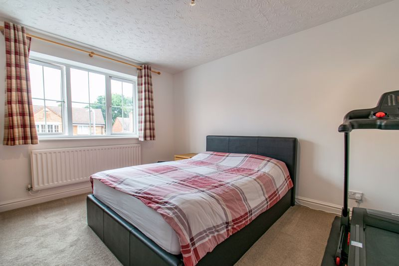 4 bed house for sale in Shireland Lane  - Property Image 9