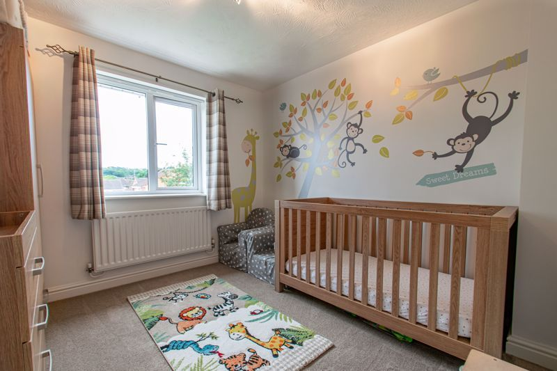 4 bed house for sale in Shireland Lane 10