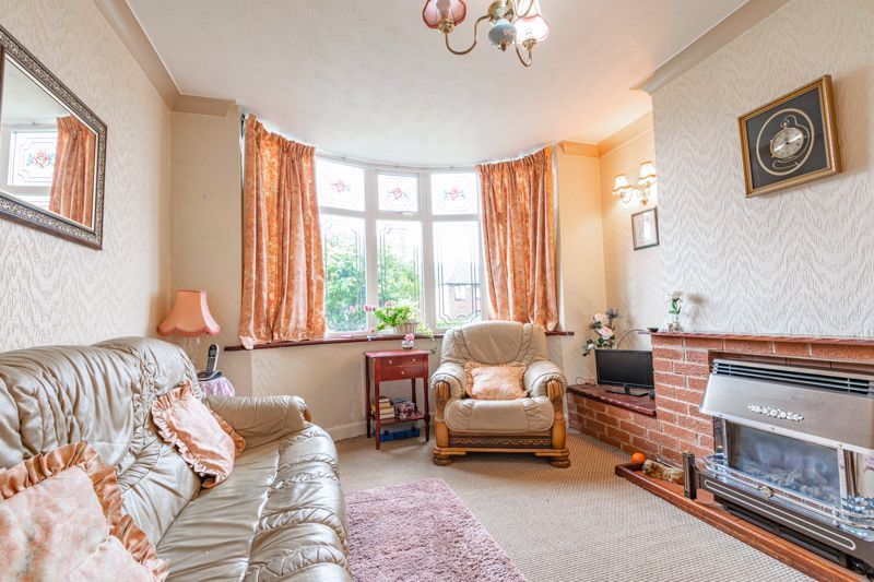 3 bed house for sale in Sandfields Road  - Property Image 2