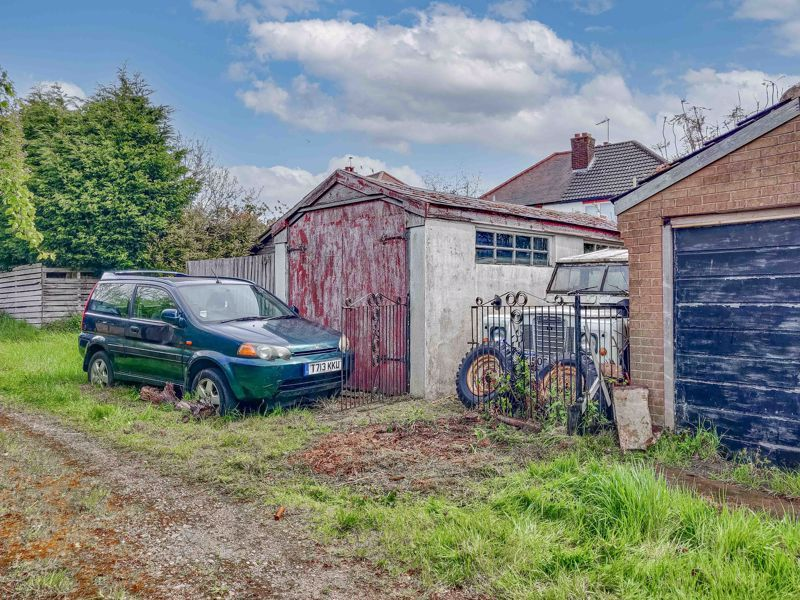 3 bed house for sale in Sandfields Road  - Property Image 13