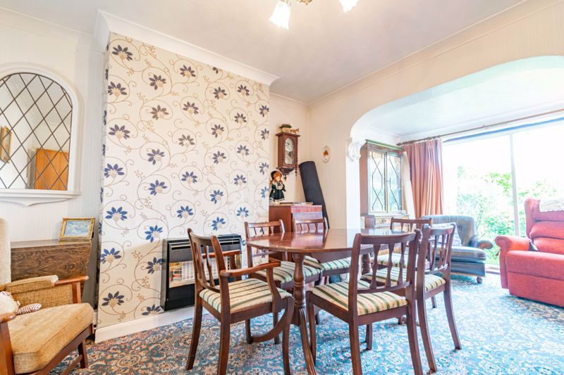 3 bed house for sale in Sandfields Road  - Property Image 3