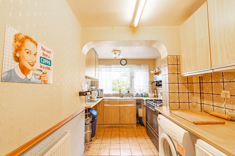 3 bed house for sale in Sandfields Road 5