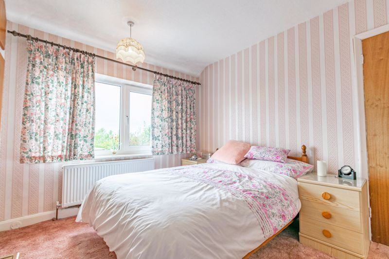 3 bed house for sale in Sandfields Road  - Property Image 8