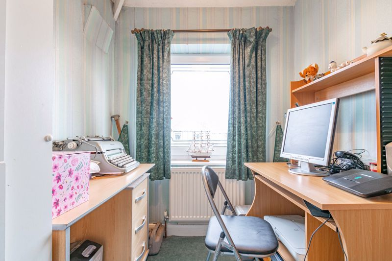 3 bed house for sale in Sandfields Road  - Property Image 9