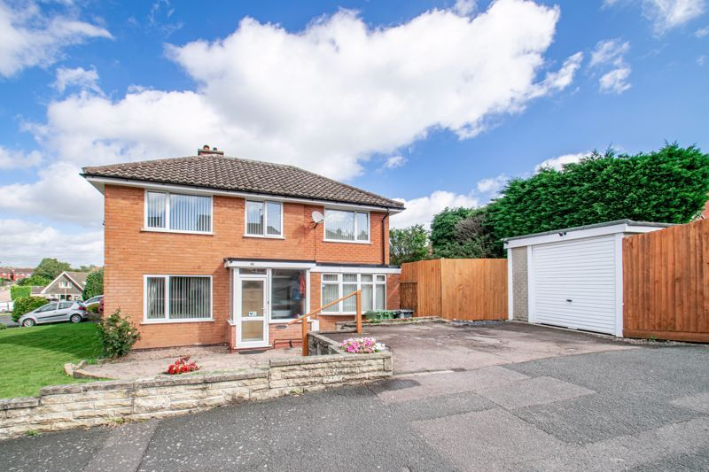 4 bed house for sale in Western Hill Close  - Property Image 1