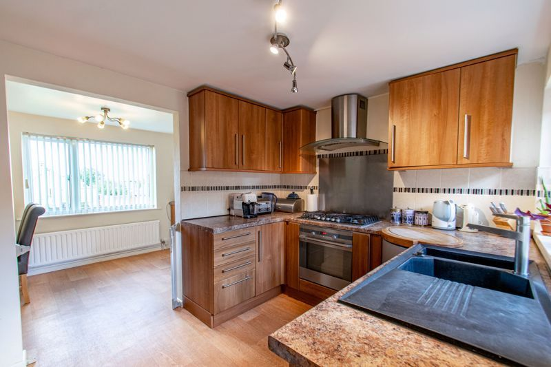 4 bed house for sale in Western Hill Close  - Property Image 13