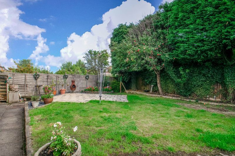 4 bed house for sale in Western Hill Close  - Property Image 14