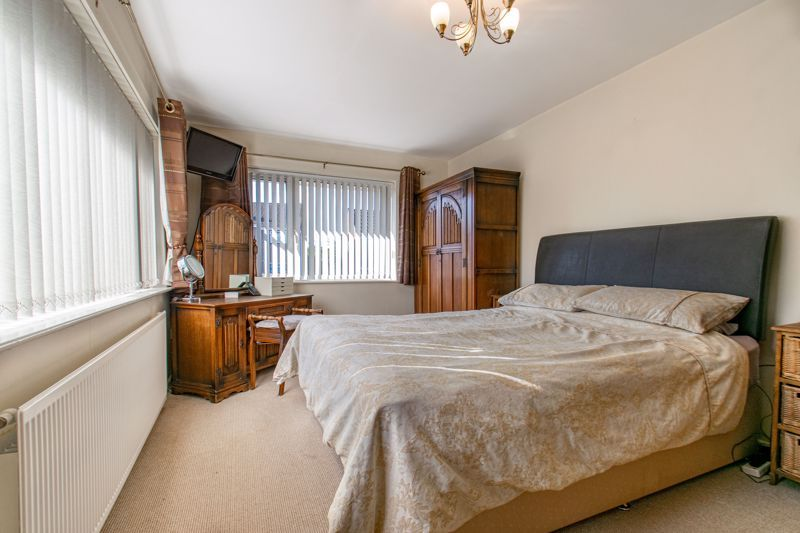 4 bed house for sale in Western Hill Close  - Property Image 7