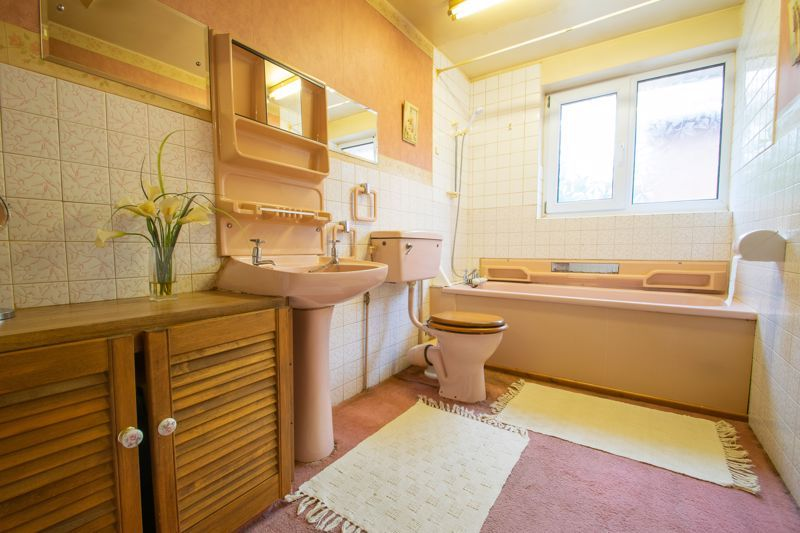 4 bed house for sale in Chawn Park Drive 11