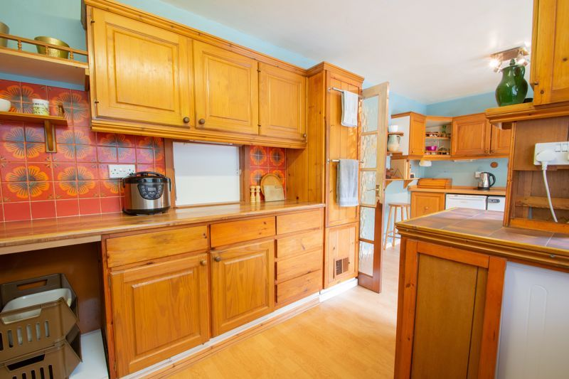 4 bed house for sale in Chawn Park Drive 16
