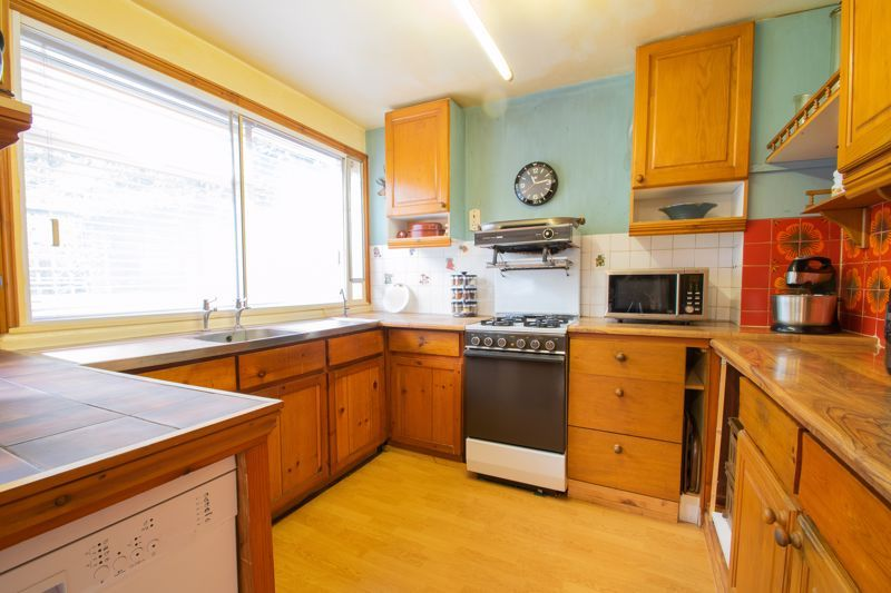 4 bed house for sale in Chawn Park Drive 5