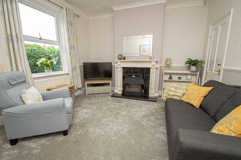 2 bed house for sale in South Avenue  - Property Image 2