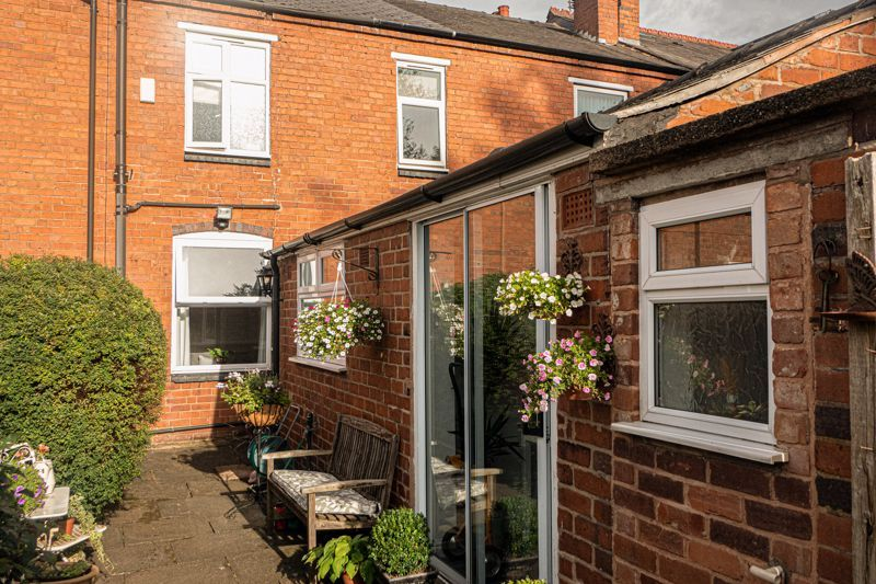 2 bed house for sale in South Avenue  - Property Image 13