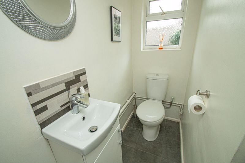 2 bed house for sale in South Avenue 7